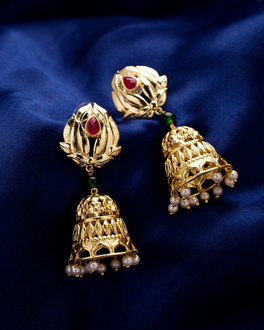 Sedate Kathakali Vismaya Earrings