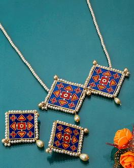 Blue n Red Phul Bhat Patola Necklace Set