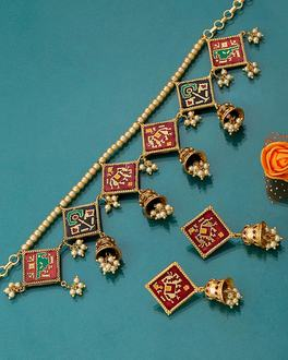 Dual-Hued Patan Patola Necklace Set